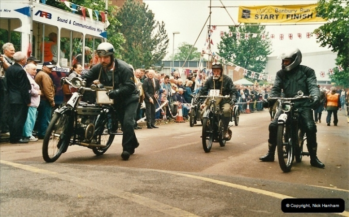 2002-06-17. The Vintage Motorcycle Club's Banbury Run, Banbury, Oxfordshire. (22)226226