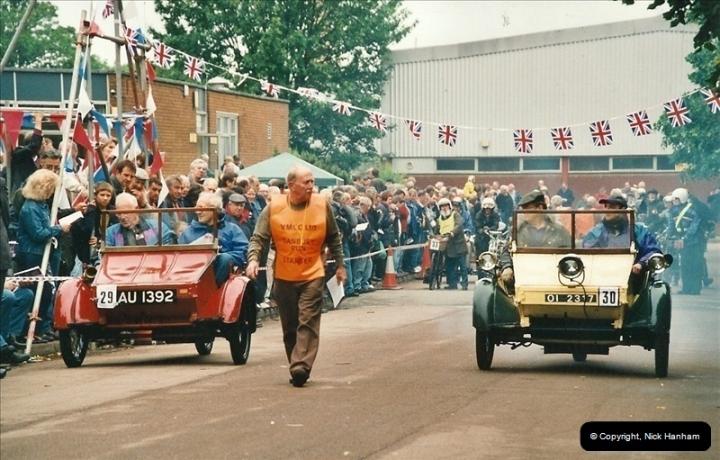 2002-06-17. The Vintage Motorcycle Club's Banbury Run, Banbury, Oxfordshire. (23)227227