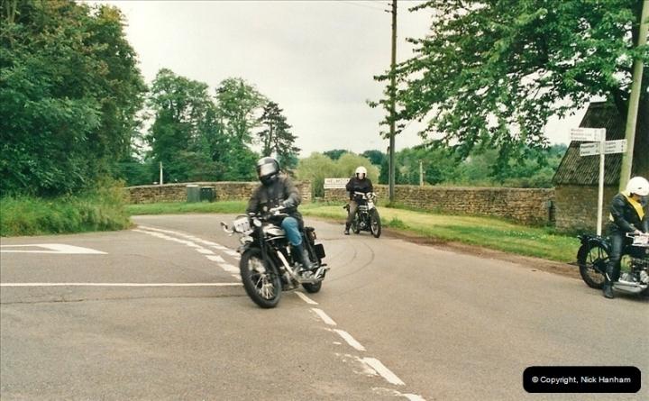 2002-06-17. The Vintage Motorcycle Club's Banbury Run, Banbury, Oxfordshire. (29)233233