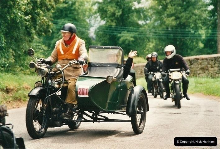 2002-06-17. The Vintage Motorcycle Club's Banbury Run, Banbury, Oxfordshire. (31)235235
