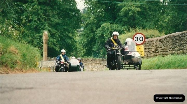 2002-06-17. The Vintage Motorcycle Club's Banbury Run, Banbury, Oxfordshire. (33)237237
