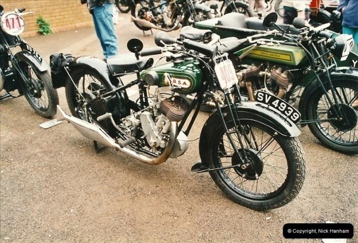 2002-06-17. The Vintage Motorcycle Club's Banbury Run, Banbury, Oxfordshire. (7)211211