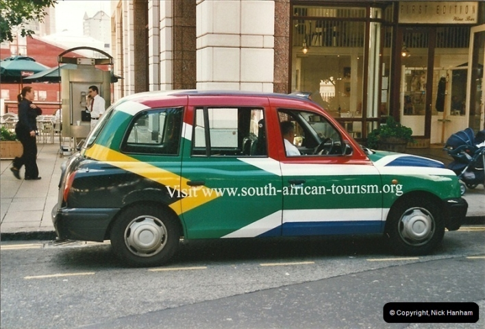 2002-07-19. Canary Wharf, London.249249