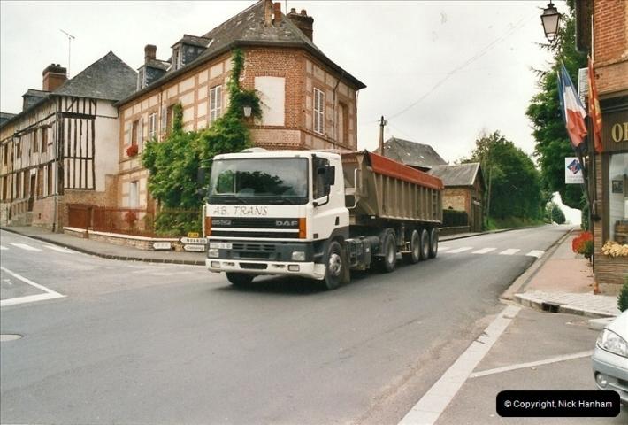 2002-07-24 Near Morlaix, France. (5)255255