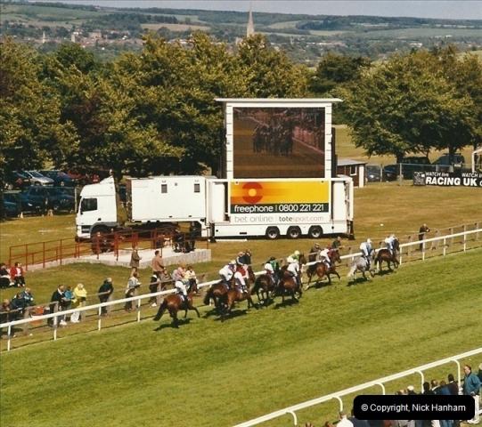 2004-06-24. Salisbury Races, Wiltshire.537537