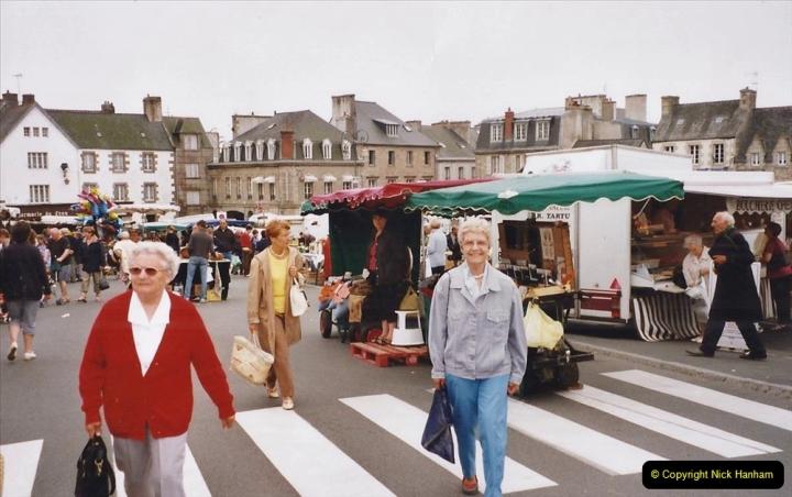 2002 July - France. (113)St. Paul De Leon. 113