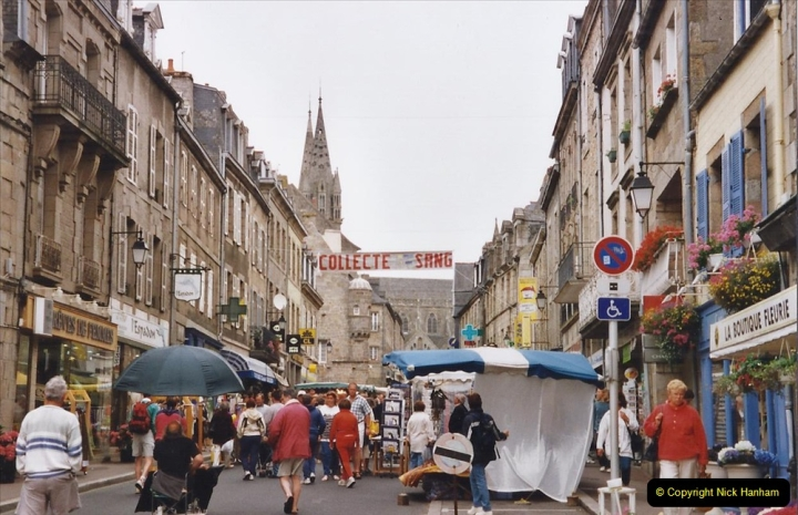 2002 July - France. (119)St. Paul De Leon. 119