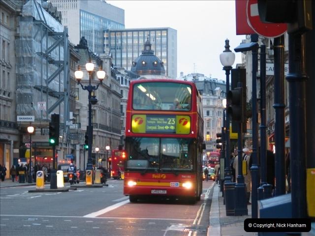 2005-01-19 London.  (3)100