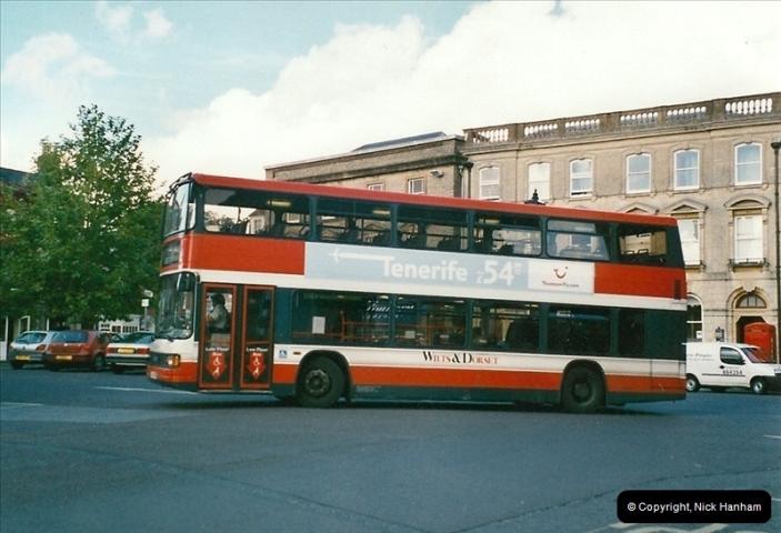 2005-10-20. Wimborne, Dorset.  (2)210