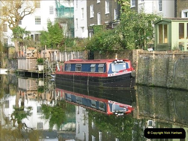 2005-03-10 The Regents Canal, Camden Town, London.  (3)003