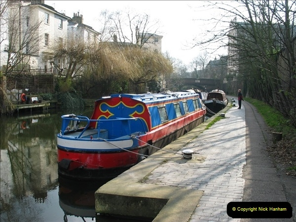2005-03-10 The Regents Canal, Camden Town, London.  (5)005