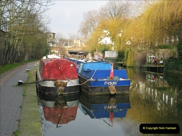 2005-03-10 The Regents Canal, Camden Town, London.  (6)006