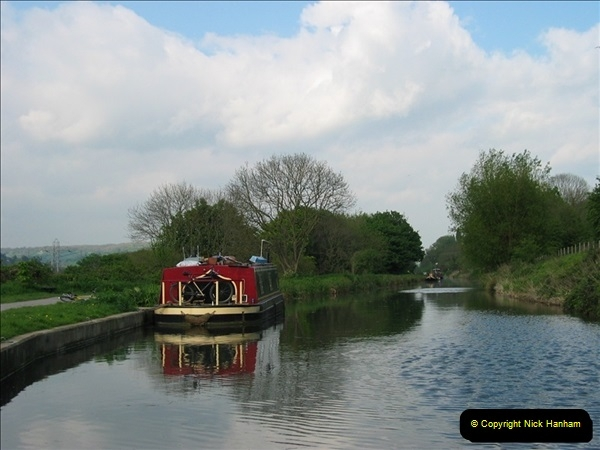 2005-05-05 On the Kennet & Avon Canal Between Bath & Trowbridge, Somerset.  (1)018