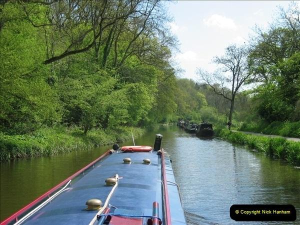 2005-05-05 On the Kennet & Avon Canal Between Bath & Trowbridge, Somerset.  (14)031
