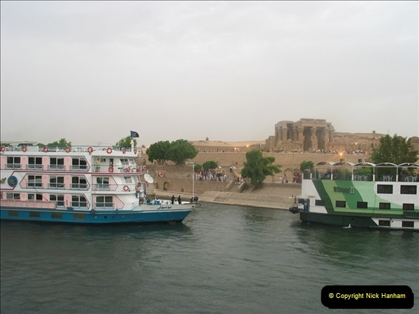 2006-05-09 Aswan & The River Nile, Egypt.  (8)150