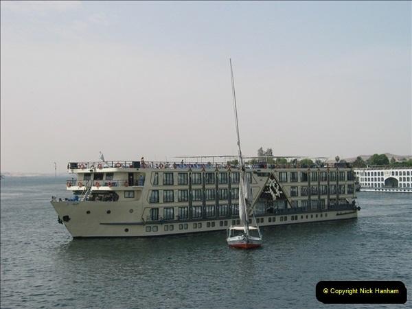 2006-05-10 Aswan & the River Nile, Egypt.  (17)171