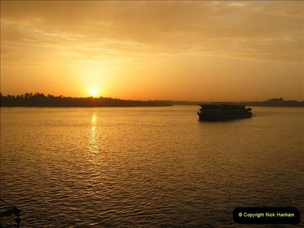 2006-05-11 The River Nile, Egypt.  (16)187