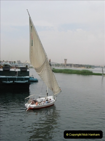 2006-05-11 The River Nile, Egypt.  (6)177