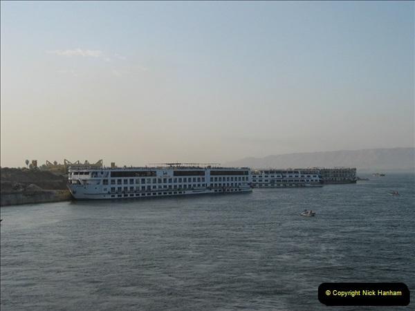 2006-05-12 The River Nile, Egypt.  (1)190