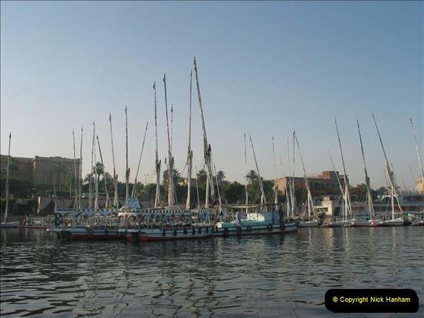 2006-05-14 Aswan, Egypt.  (3)220