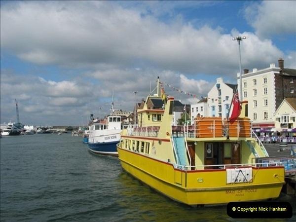 2007-09-01 Poole Quay, Dorset.  (1)427