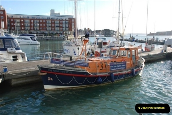 2007-10-30 Portsmouth, Hants.  (2)491