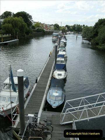 2008-06-26 Teddington Lock, Middlesex.  (2)550