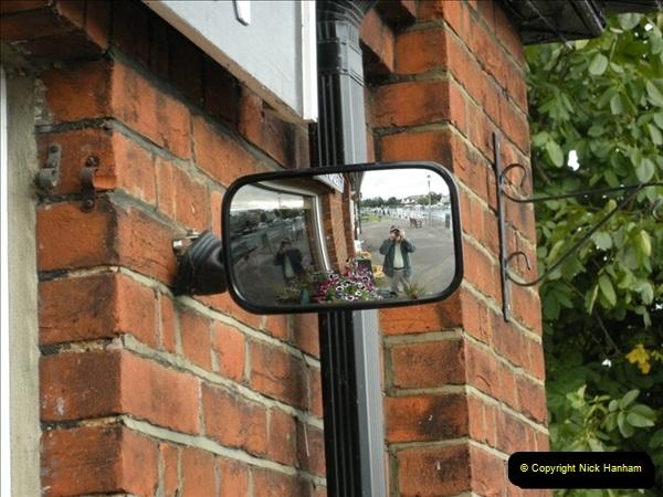 2008-08-19 Teddington Lock Plus New Gates Being Installed.  (12)575
