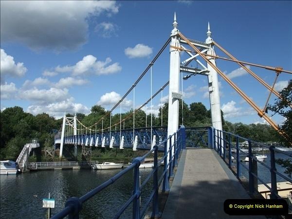 2009-07-30 Teddington Lock, Middlesex.  (2)596