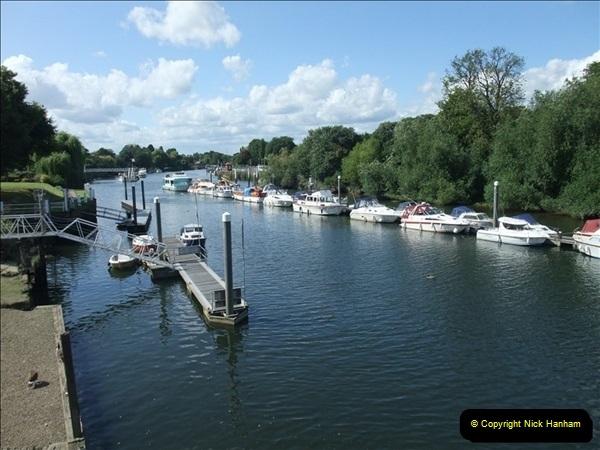 2009-07-30 Teddington Lock, Middlesex.  (4)598