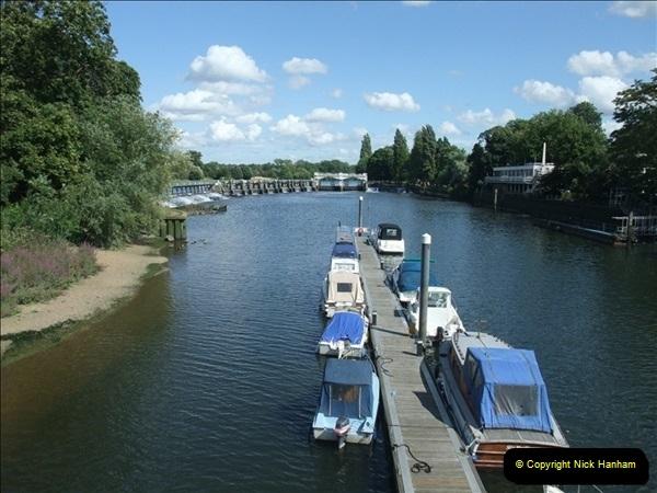 2009-07-30 Teddington Lock, Middlesex.  (5)599