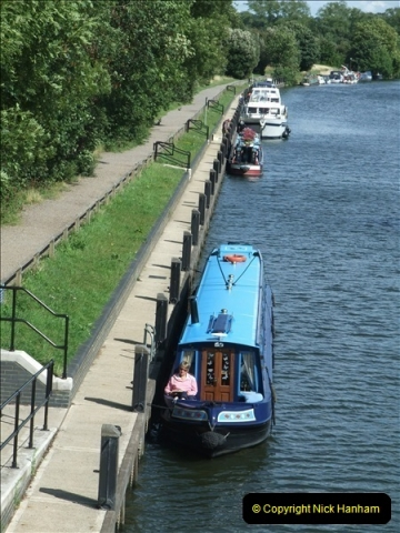 2009-07-30 Teddington Lock, Middlesex.  (7)601