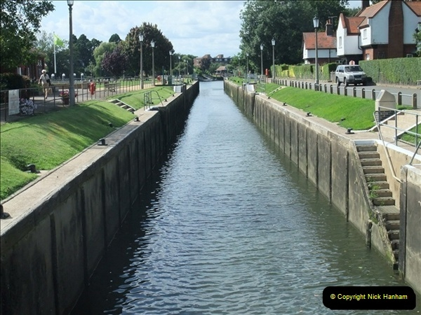 2009-07-30 Teddington Lock, Middlesex.  (8)602