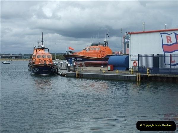 2009-08-24 RNLI Poole, Dorset.  (4)622