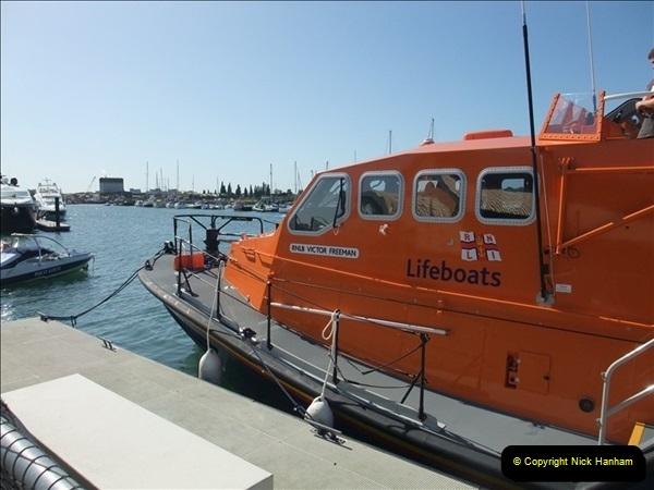 2009-09-10 RNLI Poole, Dorset.  (4)638