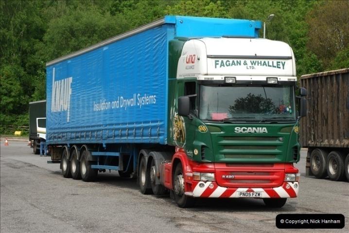 2010-05-19 Hampshire Lorries.  (2)412