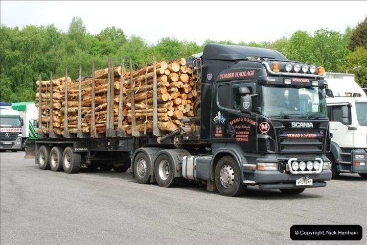 2010-05-19 Hampshire Lorries.  (4)414