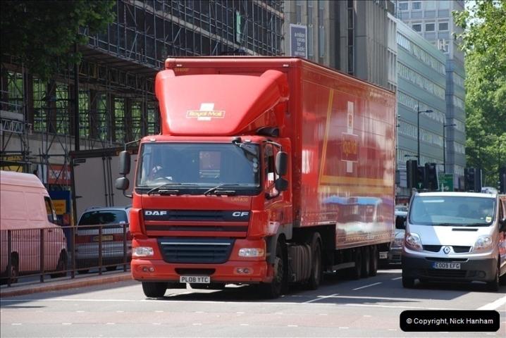 2010-06-17 London Lorries.  (1)442