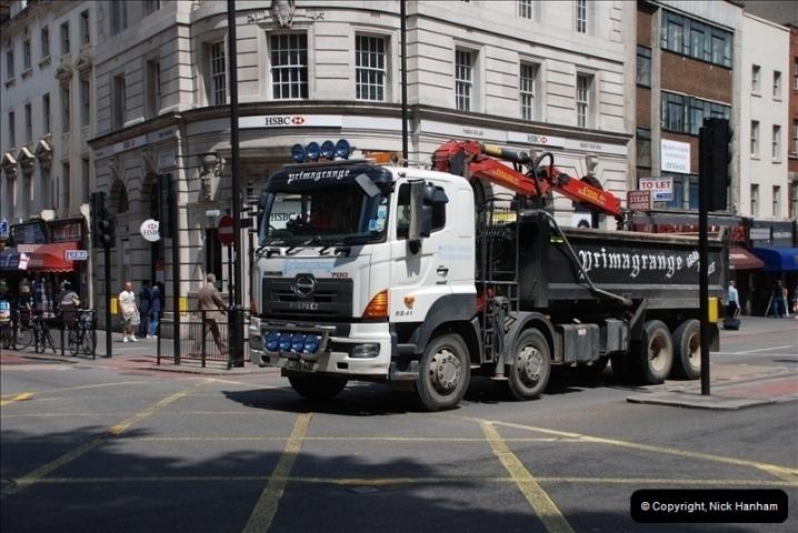 2010-06-17 London Lorries.  (9)450