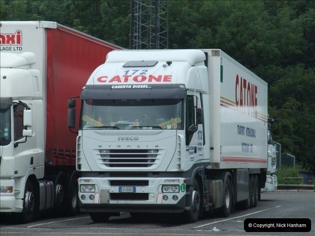 2010-08-17 Clacket Lane Services, M25 (2)524