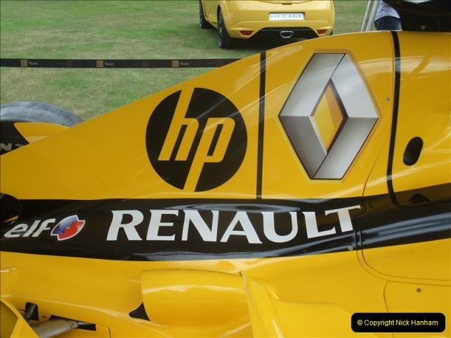 2011-07-24 Renault Cars Event @ Exbury Gardens, Hampshire.  (13)105