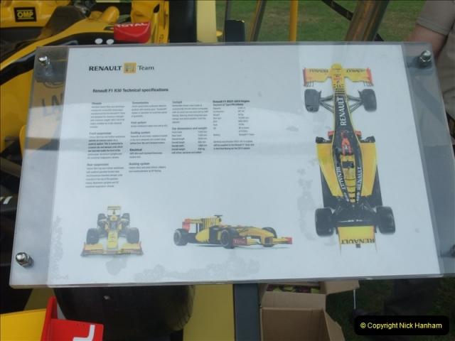 2011-07-24 Renault Cars Event @ Exbury Gardens, Hampshire.  (7)099