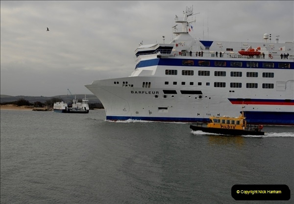 2011-02-28 The Barfleur Returns to Poole.  (16)016