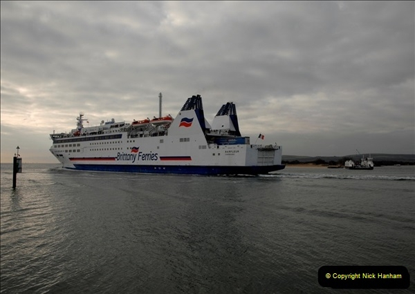 2011-02-28 The Barfleur Returns to Poole.  (21)021