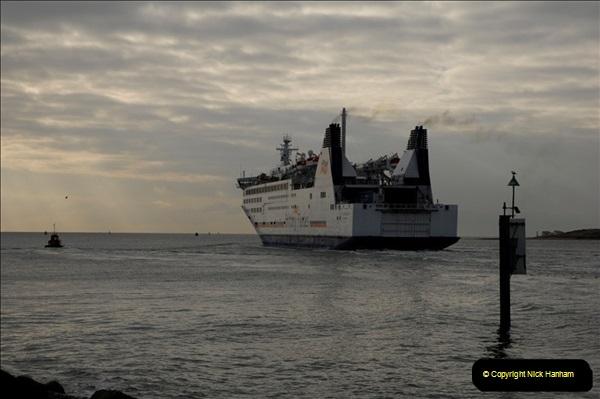 2011-02-28 The Barfleur Returns to Poole.  (22)022