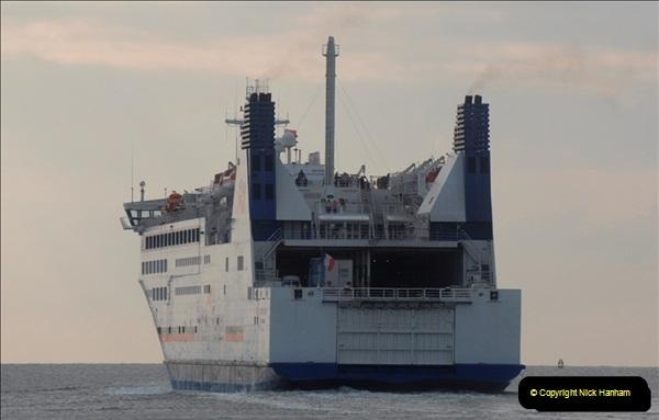 2011-02-28 The Barfleur Returns to Poole.  (25)025