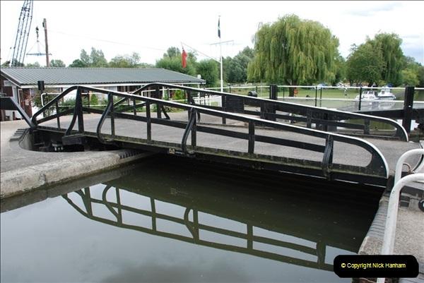 2011-08-06 The Lee Navigation, St. Margarets, Hertfordshire.  (17)213