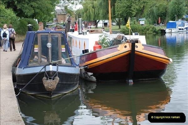 2011-08-06 The Lee Navigation, St. Margarets, Hertfordshire.  (4)200