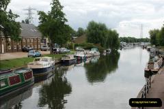 2011-08-06 The Lee Navigation, St. Margarets, Hertfordshire.  (57)253