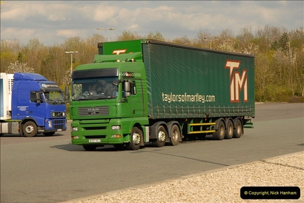 2012-04-16 Cherwell Services M40, Oxfordshire.  (24)180